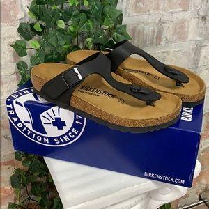 NIB Birkenstock Gizeh Black Regular Fit Sandal